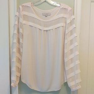 Beautiful ❤️ light blush colored LOFT blouse 😍